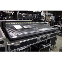 SOUNDCRAFT SM20 48 INPUT, 20 OUTPUT PROFESSIONAL ANALOG MONITOR DESK, COMES WITH ROAD CASE, AND 2