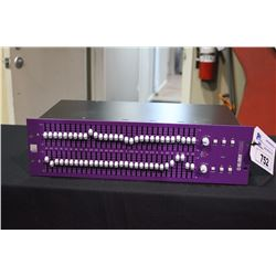 KLARK TEKNIK SQUARE ONE TWO CHANNEL 30 BAND GRAPHIC EQUALIZER