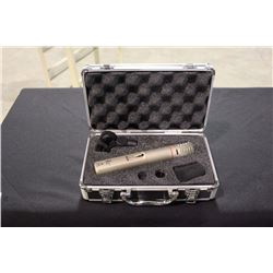 AKG C 1000 S MULTI PATTERN CONDENSER MICROPHONE WITH CASE