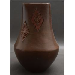 NAVAJO POTTERY VASE (WILLIAMS)