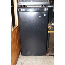 DANBY BLACK BAR FRIDGE