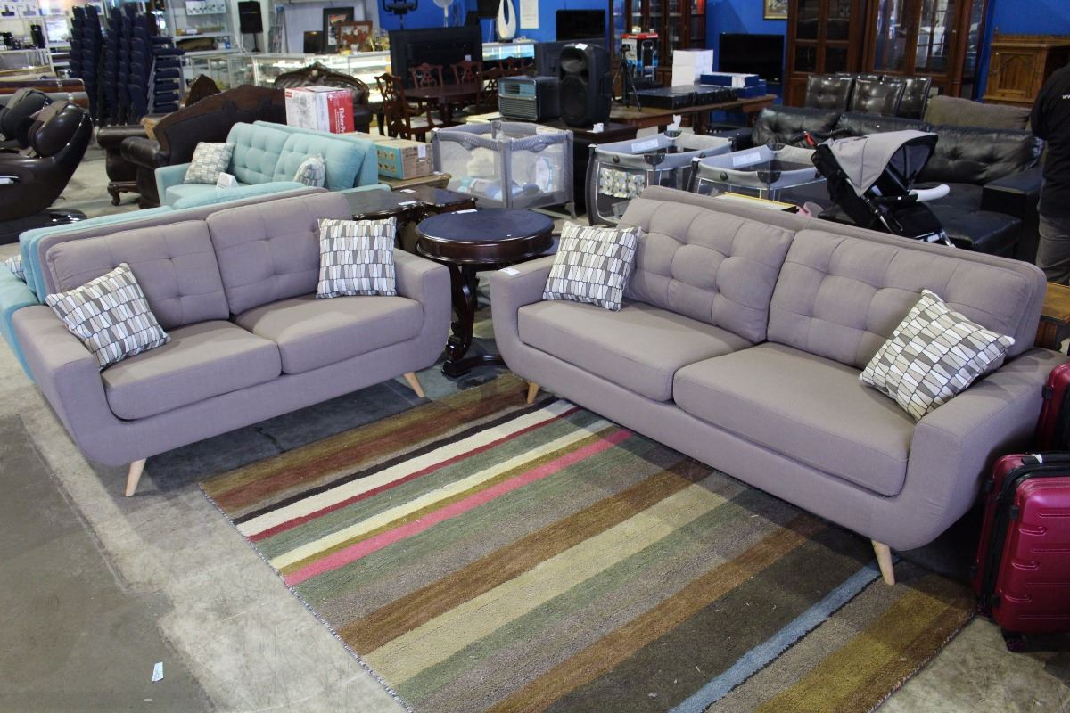 Brand New Two Piece Designer Sofa And Love Seat Set With Throw Cushions Able Auctions