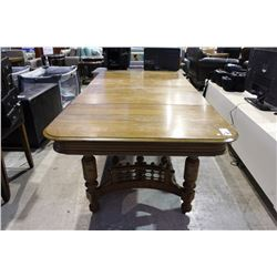 ANTIQUE STICK AND BALL CARVED TABLE WITH THREE LEAVES
