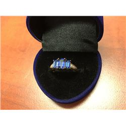 10K GOLD BLUE SAPPHIRE & DIAMOND LADIES RING