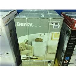 DANBY COMPACT REFRIGERATOR - WHITE ( MINOR SCRATCHES & DENTS MAY BE PRESENT)