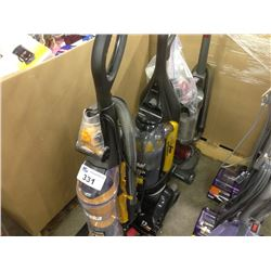 LOT OF 2 EUREKA AIRSPEED VACUUMS AND 1 BLACK AND DECKER AIR SWIVEL
