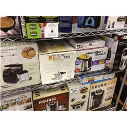 SHELF LOT OF ASSORTED HOUSEHOLD ITEMS INCLUDING BREADMAKER, TOASTER, COFFEEMAKER, ETC.
