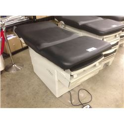 RITTER BY MIDMARK 222 ELECTRIC MEDICAL EXAMINATION BED, WITH MOBILE LEATHER STOOL AND SIDE TABLE