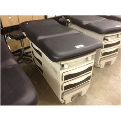 RITTER BY MIDMARK 204 ELECTRIC MEDICAL EXAMINATION BED, WITH MOBILE LEATHER STOOL AND SIDE TABLE