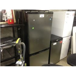 DANBY STAINLESS STEEL FRIDGE/FREEZER COMBO