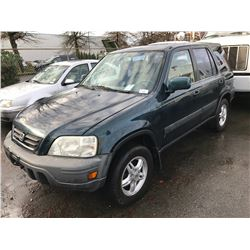 1998 HONDA CR-V, 4 DOOR SUV, GREEN, VIN # JHLRD1855WC804399