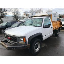 1999 GMC 2500, 2 DOOR DUMP BOX, WHITE, VIN # 1GTGK24R6XF053967