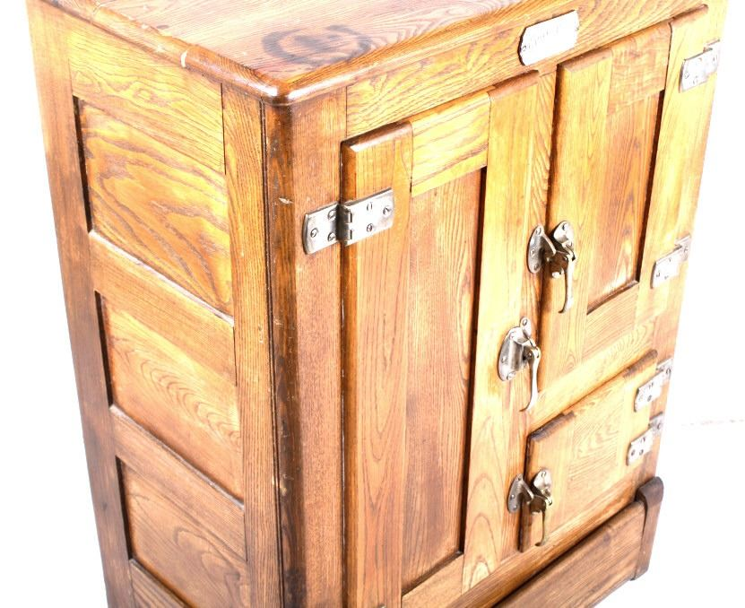 Early White Clad Simmons Hardware Co. Oak Icebox