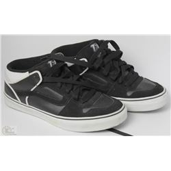 #29-VANS TNT BLACK MID TOP SHOES