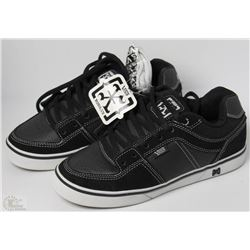 #33-VANS ROWLEY BLACK AND WHITE SHOES