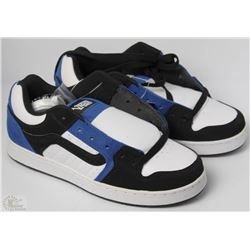 #53-VANS MARAUDER BLACK AND BLUE SHOES
