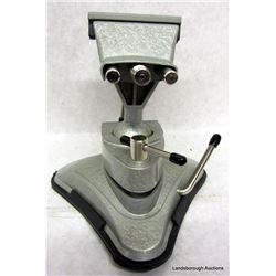 SWIVEL VACUVISE BY GENERAL