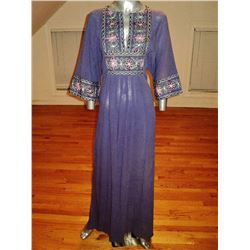 Vintage 1970's purple Hindustani embroidered caftan robe Kimono boho chic