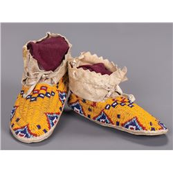 Oglala Sioux Child's Moccasins