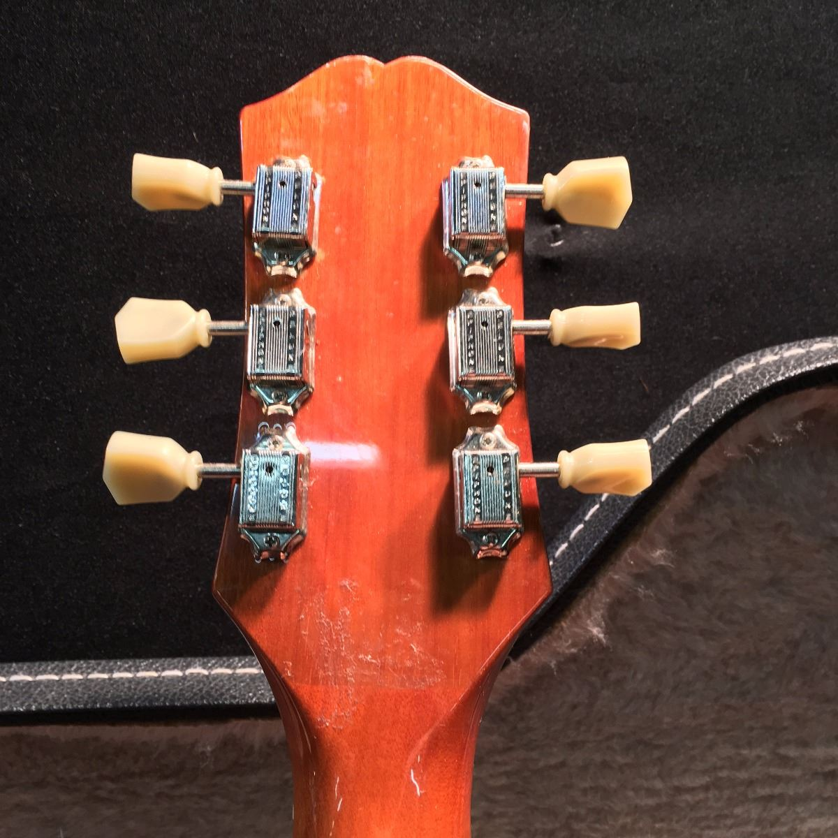 epiphone serial number location