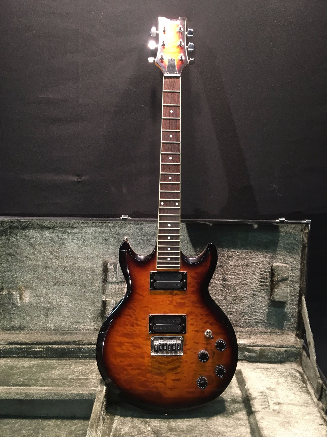 Ibanez Les Paul Style Electric Guitar Serial Number W141633 Comes