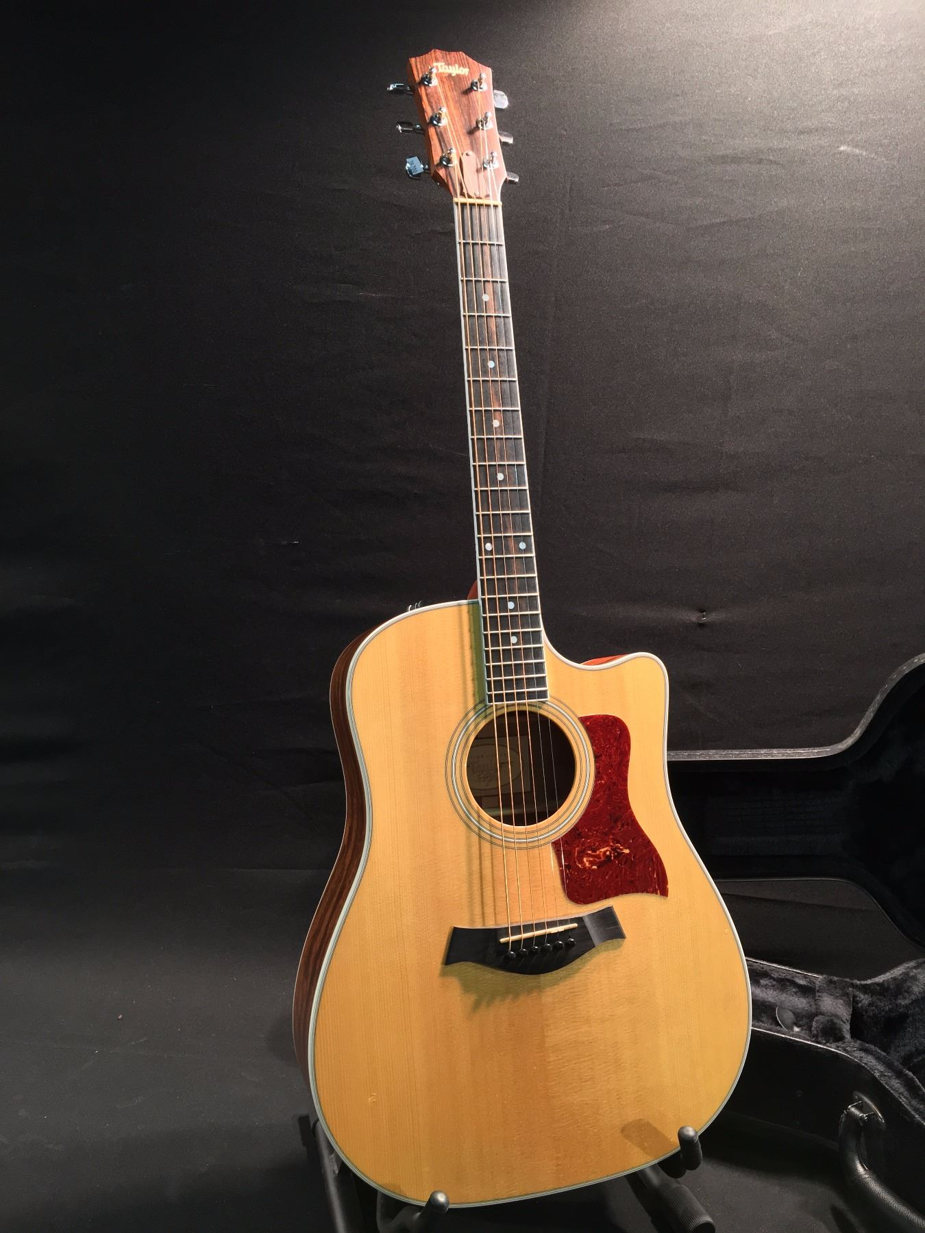 taylor 410ce cut away acoustic electric guitar serial number 1109070027 comes with original. Black Bedroom Furniture Sets. Home Design Ideas