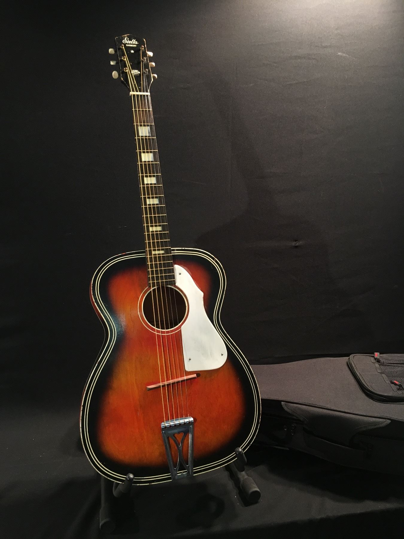 dating harmony guitars serial number National/valco serial numbers provide the easiest way to find the  on all valco-made national guitars from 1940  maple veneer body probably made by harmony,.