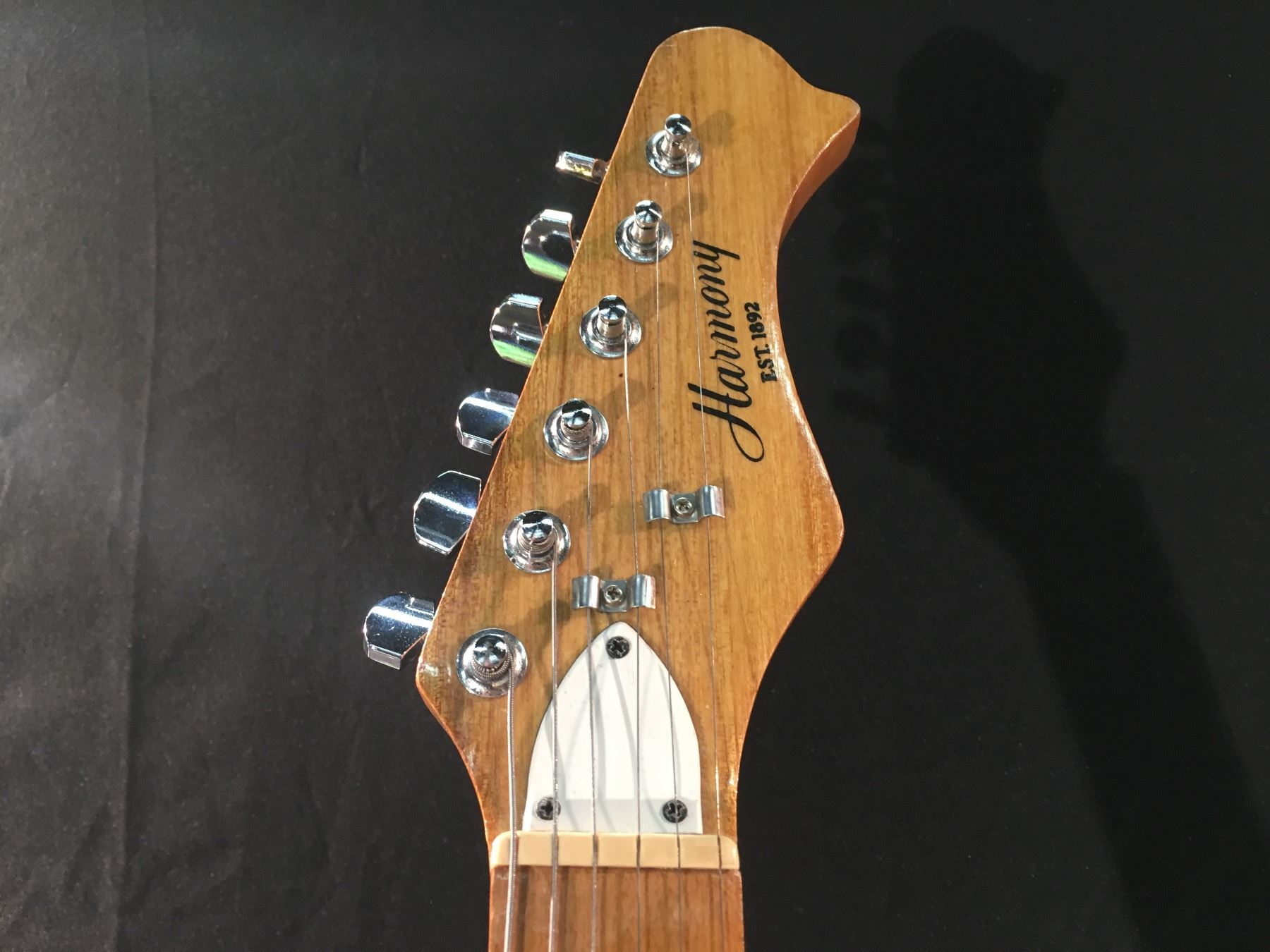 Image 2 HARMONY MODEL H80T STRAT STYLE ELECTRIC GUITAR COMES WITH SOFT CASE
