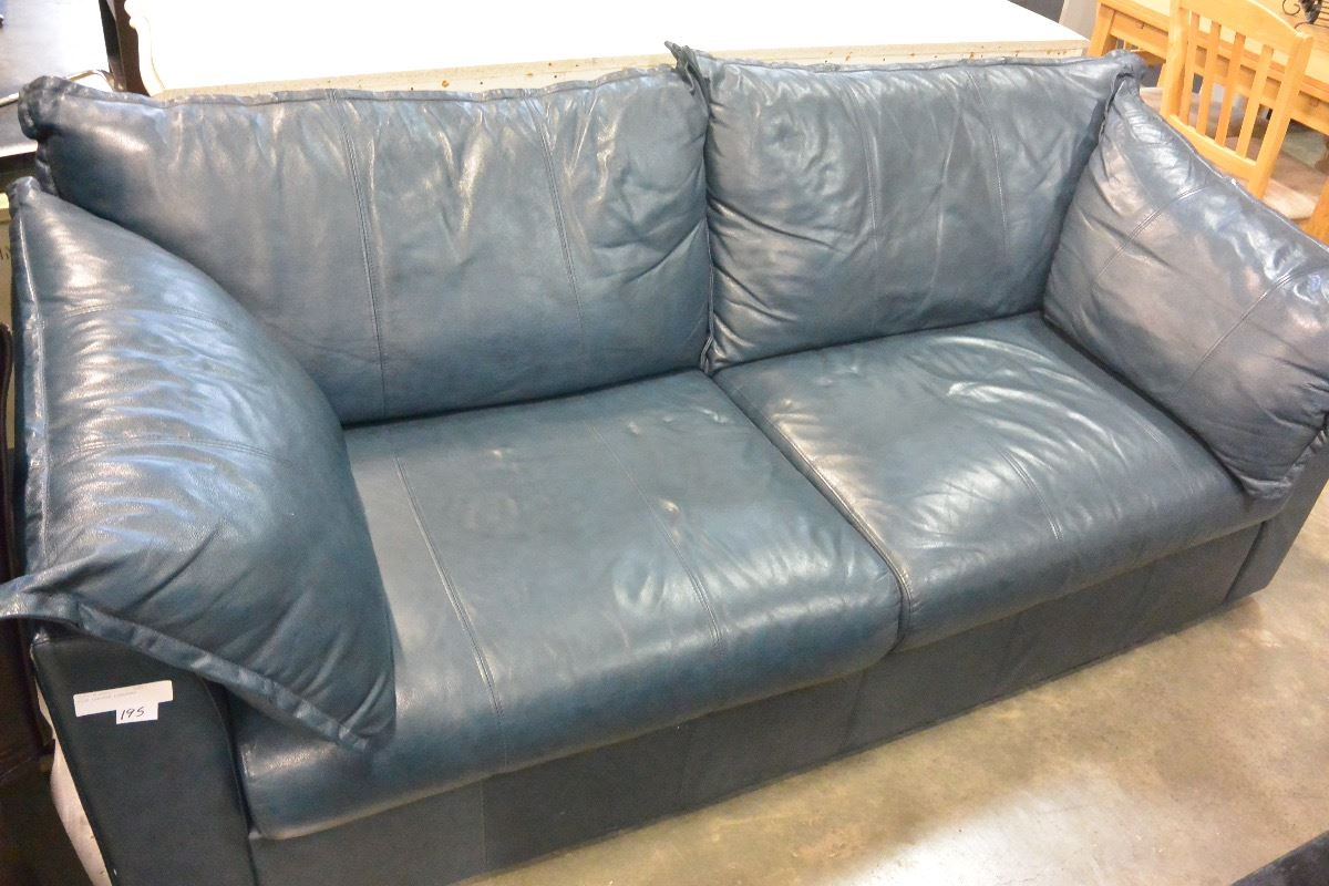 Blue Leather Loveseat Big Valley Auction