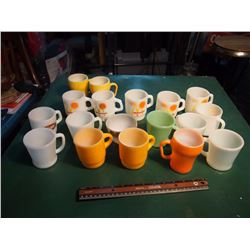 Lot Of Coffee Mugs (Lots Of Fire King)