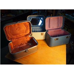 Small Suitcases (3)