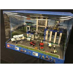 LEGO CITY FULLY BUILT RETAIL DISPLAY IN CASE.  INCLUDES PARTS: 60047 POLICE STATION AND 60043