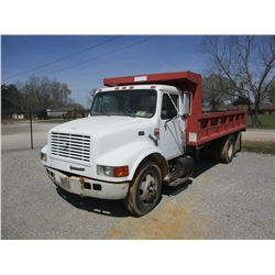 1995 INTERNATIONAL 4700 FLATBED DUMP, VIN/SN:1HTSCABK5SH679565 - S/A, IHC DIESEL ENGINE, ALLISON A/T