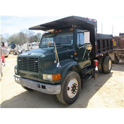 1999 INTERNATIONAL 4700 DUMP, VIN/SN:1HTSCABR3XH671047 S/A, GVWR 34,000#, IHC DIESEL ENGINE, 6 SPEED