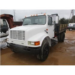1992 INTERNATIONAL 4900 FLATBED DUMP, VIN/SN:1HTSDPNPXNH464484 - S/A, IHC DIESEL ENGINE, 5 SPD/ 2 SP