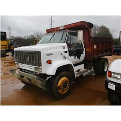 1988 GMC TOP KICK DUMP, VIN/SN:1GDM7D1YXJV532204 - S/A, DIESEL ENGINE, 5 & 2 SPEED TRANS, 33,000# GV