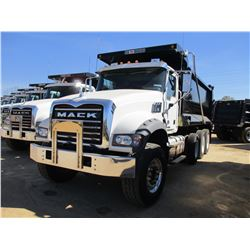 2017 MACK GU713 DUMP, VIN/SN:1M2AX07CXHM036486 - TRI-AXLE, 455 HP MACK MP8 ENGINE, ALLISON 4500 RDS