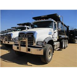 2017 MACK GU713 DUMP, VIN/SN:1M2AX07CXHM036505 - TRI-AXLE, 455 HP MACK MP8 ENGINE, ALLISON 4500 RDS