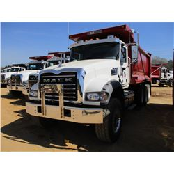 2017 MACK GU713 DUMP, VIN/SN:1M2AX07C9HM036575 - TRI-AXLE, 455 HP MACK MP8 ENGINE, ALLISON 4500 RDS