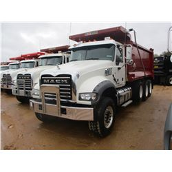 2017 MACK GU713 DUMP, VIN/SN:1M2AX07C0HM036593 - TRI-AXLE, 455 HP MACK MP8 ENGINE, ALLISON 4500 RDS