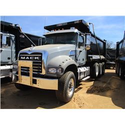 2017 MACK GU713 DUMP, VIN/SN:1M2AX07C2HM061415 - TRI-AXLE, 455 HP MACK MP8 ENGINE, ALLISON 4500 RDS