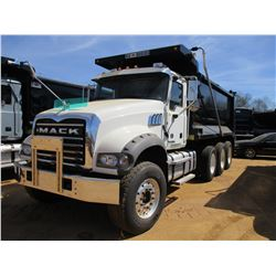 2017 MACK GU713 DUMP, VIN/SN:1M2AX07C3HM061410 - TRI-AXLE, 455 HP MACK MP8 ENGINE, ALLISON 4500 RDS