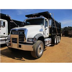 2017 MACK GU713 DUMP, VIN/SN:1M2AY07C9HM061413 - TRI-AXLE, 455 HP MACK MP8 ENGINE, ALLISON 4500 RDS