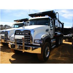 2017 MACK GU713 DUMP, VIN/SN:1M2AX07C8HM036566 - TRI-AXLE, 455 HP MACK MP8 ENGINE, ALLISON 4500 RDS