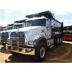 2017 MACK GU713 DUMP, VIN/SN:1M2AX07C9HM061444 - TRI-AXLE, 455 HP MACK MP8 ENGINE, ALLISON 4500 RDS