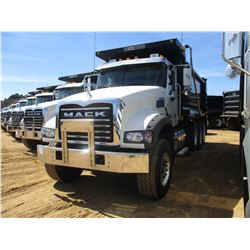 2017 MACK GU713 DUMP, VIN/SN:1M2AX07C0HM036545 - TRI-AXLE, 455 HP MACK MP8 ENGINE, ALLISON 4500 RDS