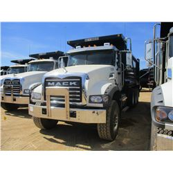 2017 MACK GU713 DUMP, VIN/SN:1M2AX07C1HM036487 - TRI-AXLE, 455 HP MACK MP8 ENGINE, ALLISON 4500 RDS