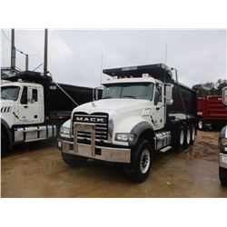 2017 MACK GU713 DUMP, VIN/SN:1M2AX07C7HM036509 - TRI-AXLE, 455 HP MACK MP8 ENGINE, ALLISON 4500 RDS