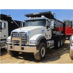 2017 MACK GU713 DUMP, VIN/SN:1M2AX07C2HM036501 - TRI-AXLE, 455 HP MACK MP8 ENGINE, ALLISON 4500 RDS