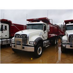 2017 MACK GU713 DUMP, VIN/SN:1M2AX07C7HM036493 - T/A, 455 HP MACK MP8 ENGINE, ALLISON 4500 RDS A/T,
